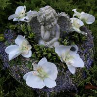 Schöne Trauer Artikel, aktuelle Grabdekoration online bestellen