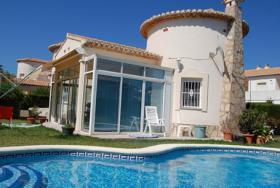 Schöne Villa nur 400m vom Strand in Denia an der Costa Blanca