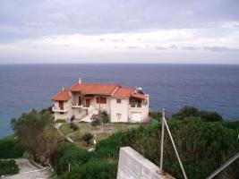 Schöne Villa in traumhafte Lage auf Evia/Griechenland