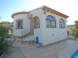 Schöne tadellose Villa in Orba an der Costa Blanca