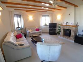 Foto 3 Schöne tadellose Villa in Orba an der Costa Blanca
