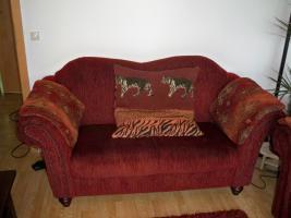 Foto 2 Schöne & gr. Sofagarnitur im roten Kolonialstil!Günstig & sehr gut erhalten!