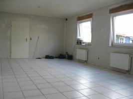 Foto 9 Schöne, helle 89m² große 3 Zimmer-Wohnung in Zweifamilienhaus