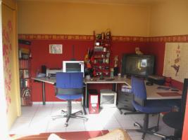 Foto 11 Schöne, helle 89m² große 3 Zimmer-Wohnung in Zweifamilienhaus