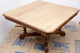 Schönen 200 Jahre alten Eichenesstisch, restauriert + 8 Stühle