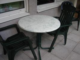 Schöner runder Balkon- oder Gartentisch günstig