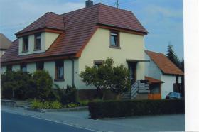 Schönes EFH ( Doppelhaushälfte ) in Hardheim/Odw. zu verkaufen...!