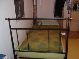 Foto 2 Schönes Nostalgie-Metallrahmenbett, 90x200, für 90€ zu verkaufen!