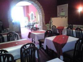 Schönes Restaurant mit orient. Ecke