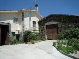 Schönes Steinhaus mit grossem Garten in Galicien, Spanien