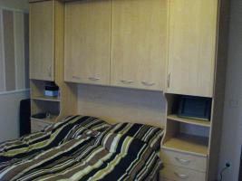 Schönes helles Schlafzimmer
