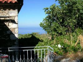 Schönes traditionell gebautes Natursteinhaus in der Mani/Griechenland