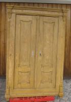 Schrank (antik) aus Massivholz