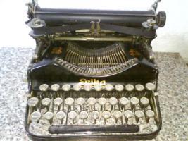 Schreibmaschiene Erika um 1910