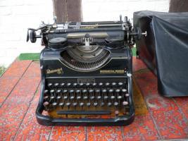 Schreibmaschine Rheinmetall-Borsig (antik)