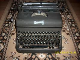 Schreibmaschine Rheinmetall schwarz