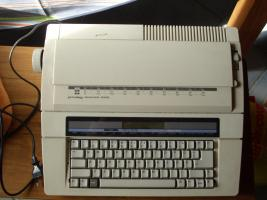 Schreibmaschine privileg electronic 2400