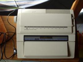 Foto 2 Schreibmaschine privileg electronic 2400