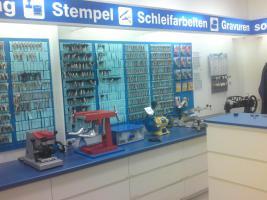 Foto 4 Schuh- und Express Service Laden zu vermieten