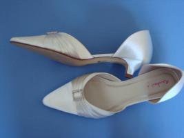 Schuhe neu, Rainbow club Ivory Satin Gr. 6,5 bzw. 39,5