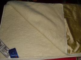 Foto 3 Schurwolle Decken