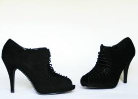 Foto 4 Schwarze High Heels, Peeptoe Pumps