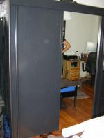 Foto 2 Schwarzer Spiegelschrank und passende Kommode