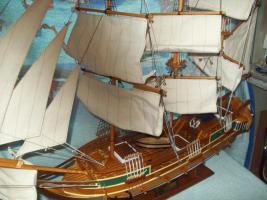 Foto 4 Segelschiff aus Edel Holz