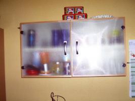 Foto 2 Sehr gepflegte blaue Küche mit 1-A-Elektrogeräten