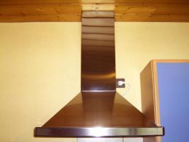 Foto 5 Sehr gepflegte blaue Küche mit 1-A-Elektrogeräten