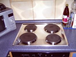 Foto 6 Sehr gepflegte blaue Küche mit 1-A-Elektrogeräten
