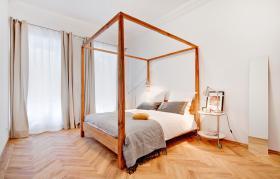 Foto 3 Sehr helle und sonnige möblierte Wohnung in sehr guter ,  (Wohnung mit 3.0 Zimmern)