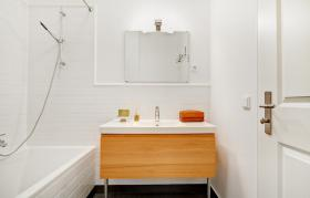 Foto 6 Sehr helle und sonnige möblierte Wohnung in sehr guter ,  (Wohnung mit 3.0 Zimmern)