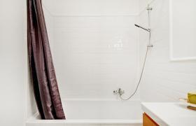 Foto 7 Sehr helle und sonnige möblierte Wohnung in sehr guter ,  (Wohnung mit 3.0 Zimmern)