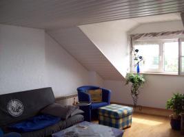Foto 2 Sehr schöne 2 Zimmer Dachwohnung