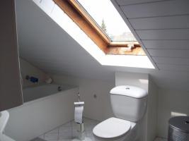 Foto 3 Sehr schöne 2 Zimmer Dachwohnung