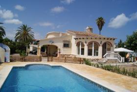 Sehr sch�ne Villa mit Pool in Els Poblets/Spanien