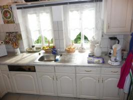 Foto 4 Sehr schöne und gut erhaltene Winkel Küche zu verkaufen.