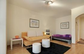 Foto 2 Sehr schöne hochwertig möblierte und ausgestattete 1-Zi-Wohnung