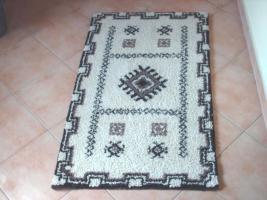 Sehr schöner Handgeknüpfter Teppich
