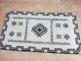 Foto 2 Sehr schöner Handgeknüpfter Teppich