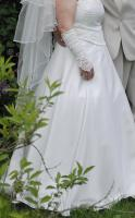 Foto 4 Sehr schönes Hochzeitskleid