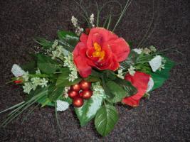 Seidenblumenstrauß mit Vase