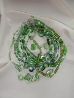 Foto 4 Selbstgebastelte Ketten als indivuelle Geschenkidee