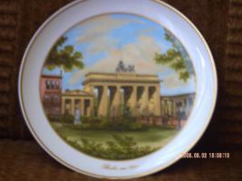 Seltenen Porzellanwandteller mit Brandenburger Tor drauf um 1900