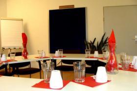 Seminarraum, günstig und zentral.