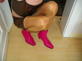 Foto 2 Sexy pinkfarbene Stiefel Gr. 41