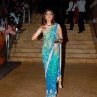 Foto 2 Shamita Shetty sari (Saree) Bollywood Schauspieler aus Indien