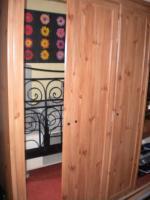 Sideboard 2 X  Regale 2 X   Kleider /Küchenschrank , Tisch  ( Ikea gebraucht)