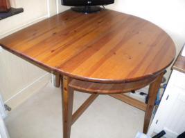 Foto 2 Sideboard 2 X  Regale 2 X   Kleider /Küchenschrank , Tisch  ( Ikea gebraucht)